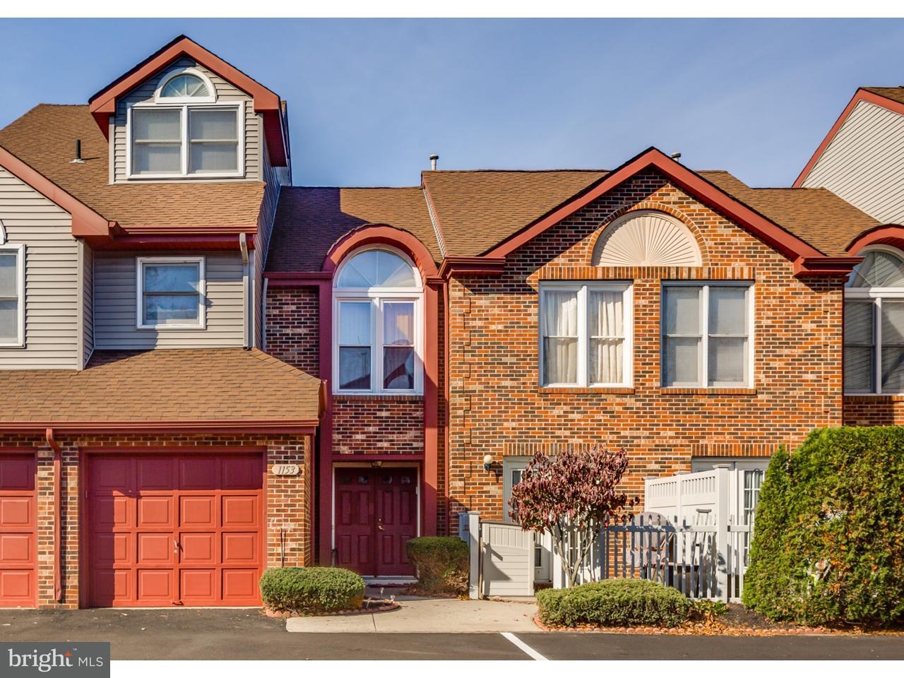 Appartement en copropriété pour l Vente à 1153 CHANTICLEER Cherry Hill, New Jersey 08003 États-Unis
