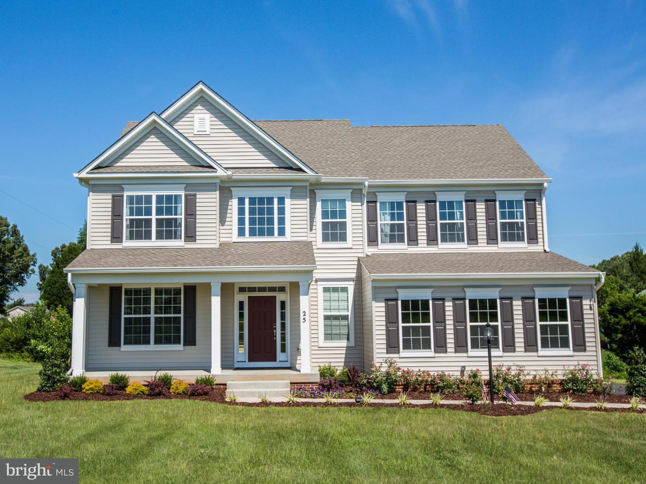 Частный односемейный дом для того Продажа на CRANES BLUFF Court CRANES BLUFF Court Fredericksburg, Виргиния 22405 Соединенные Штаты