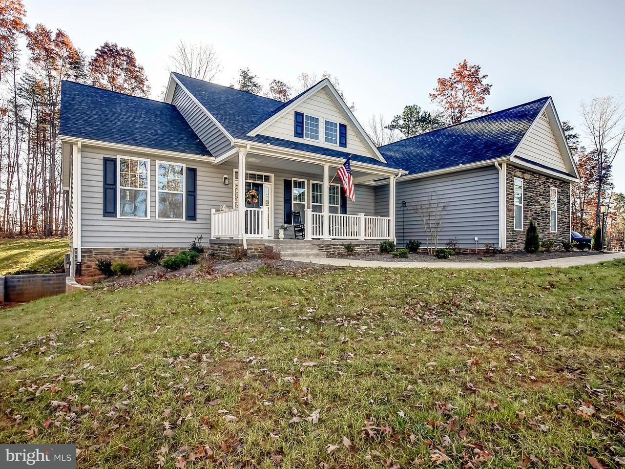 Vivienda unifamiliar por un Venta en 378 KENWOOD LANE 378 KENWOOD LANE Ruckersville, Virginia 22968 Estados Unidos