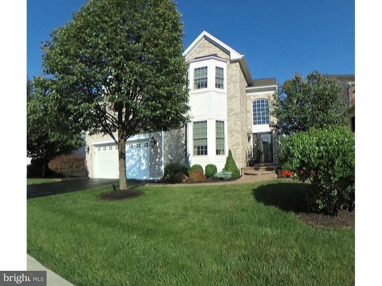 独户住宅 为 销售 在 115 ANDOVER Drive 肯德尔帕克, 新泽西州 08824 美国在/周边: South Brunswick Township