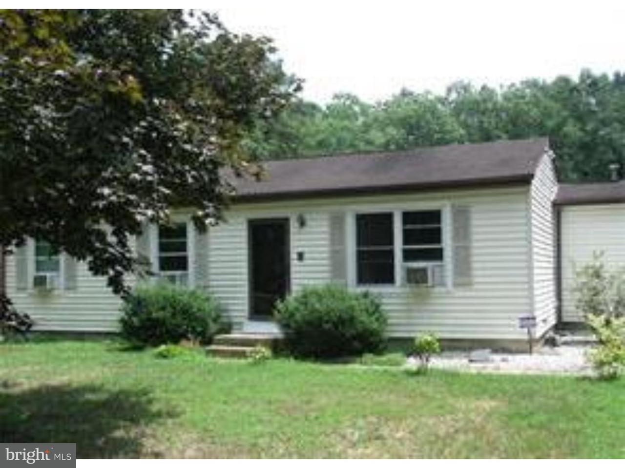 独户住宅 为 出租 在 1022 PENNSYLVANIA Avenue Franklinville, 新泽西州 08322 美国在/周边: Franklin Twp