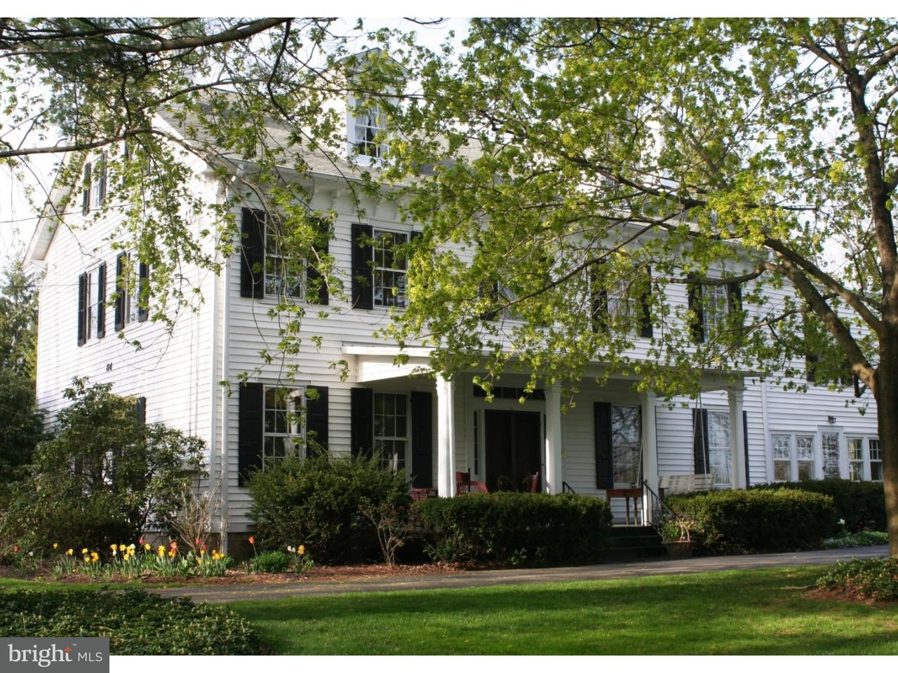 独户住宅 为 销售 在 84 WALNFORD Road Allentown, 新泽西州 08501 美国在/周边: Upper Freehold Township