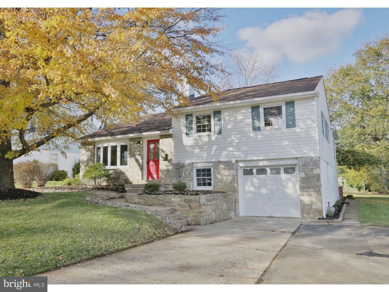 Частный односемейный дом для того Продажа на 9 EASTVIEW Drive Glenside, Пенсильвания 19038 Соединенные Штаты