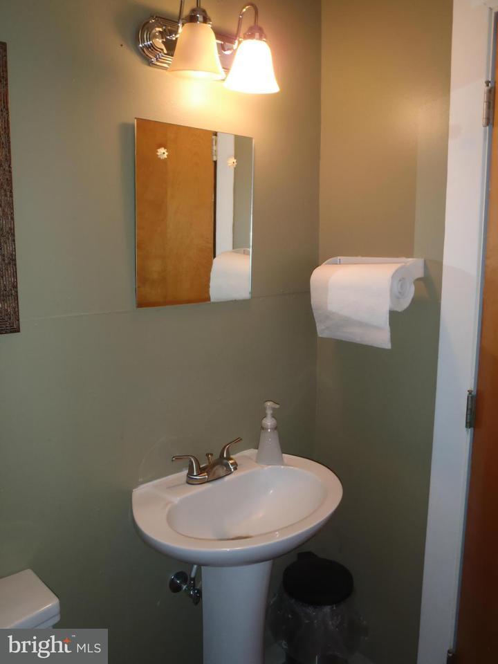 Additional photo for property listing at 35 RAGGED EDGE Road 35 RAGGED EDGE Road Chambersburg, Pensilvania 17202 Stati Uniti
