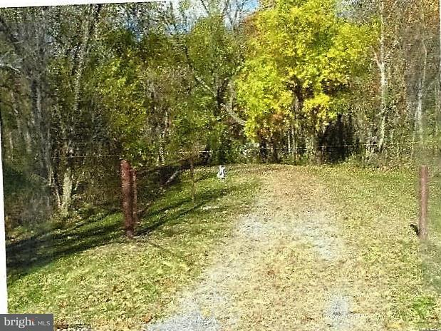 Land for Sale at Broad Top Mt Rd Saxton, Pennsylvania 16678 United States