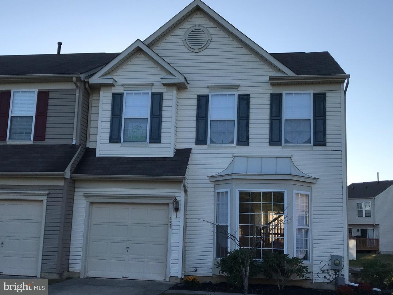 联栋屋 为 销售 在 451 LONGFELLOW Drive Williamstown, 新泽西州 08094 美国在/周边: Monroe Township