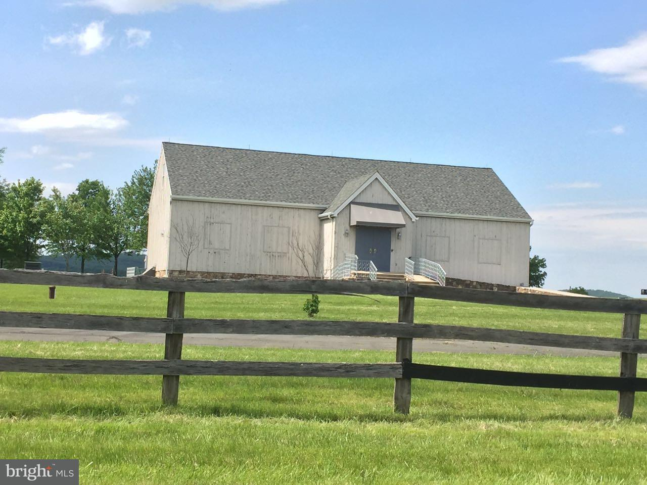Farm for Sale at 42692 LUCKETTS Road 42692 LUCKETTS Road Leesburg, Virginia 20176 United States