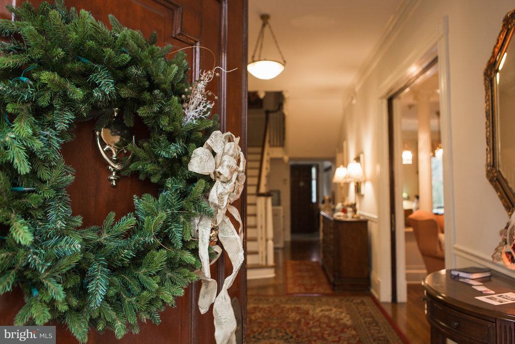 Casa Unifamiliar por un Venta en 501 BALTIMORE Street 501 BALTIMORE Street Greencastle, Pennsylvania 17225 Estados Unidos