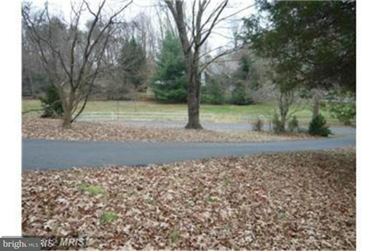 Land for Sale at 815 LEIGH MILL Road 815 LEIGH MILL Road Great Falls, Virginia 22066 United States