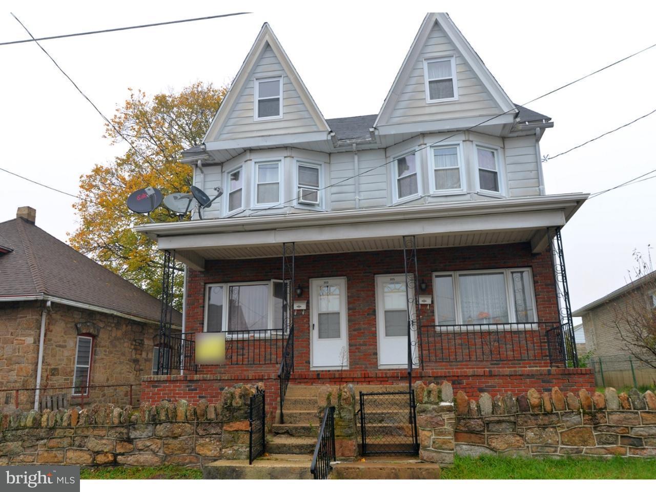 Maison accolée pour l Vente à 303 S NICE Street Frackville, Pennsylvanie 17931 États-Unis