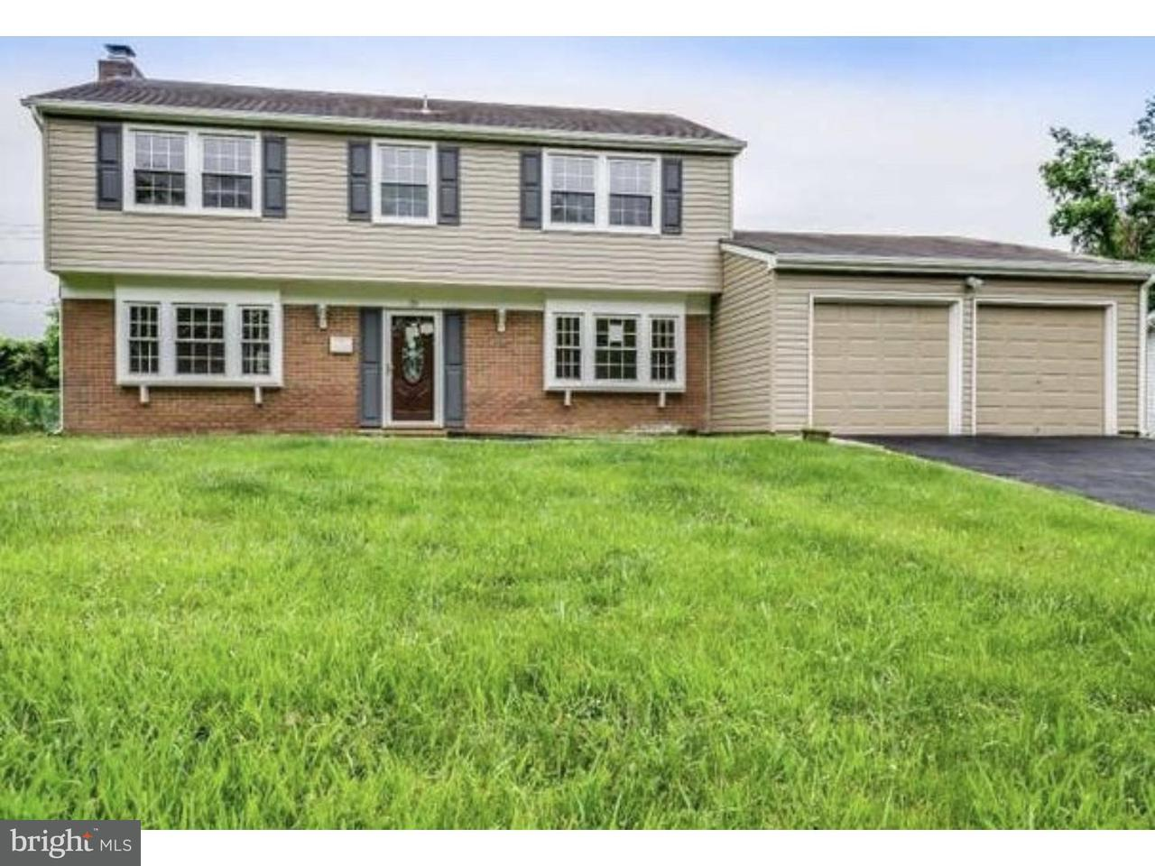 Casa Unifamiliar por un Alquiler en 23 TOPEKA PASS Willingboro, Nueva Jersey 08046 Estados Unidos