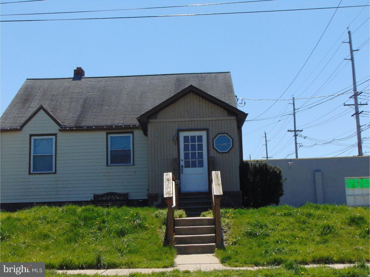 Additional photo for property listing at 4 E 11TH Avenue  Runnemede, New Jersey 08078 United States