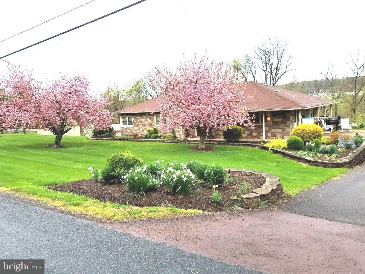 Частный односемейный дом для того Продажа на 2960 CLYMER Avenue Telford, Пенсильвания 18969 Соединенные Штаты