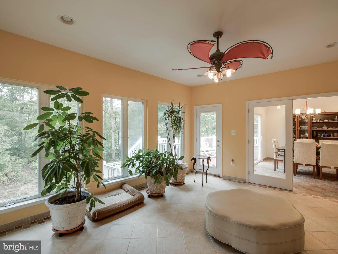Additional photo for property listing at 902 HUNGERFORD Road 902 HUNGERFORD Road Lusby, Maryland 20657 États-Unis