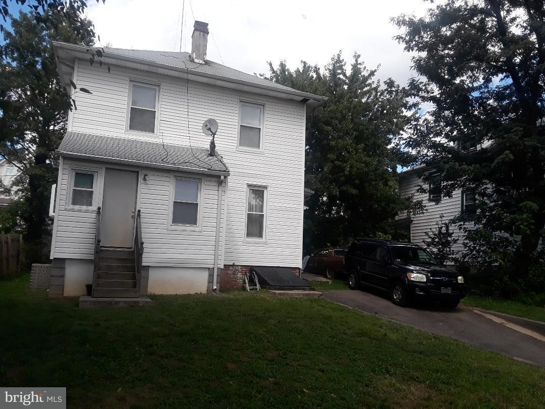 独户住宅 为 销售 在 1223 Evarts St Ne 1223 Evarts St Ne 华盛顿市, 哥伦比亚特区 20018 美国