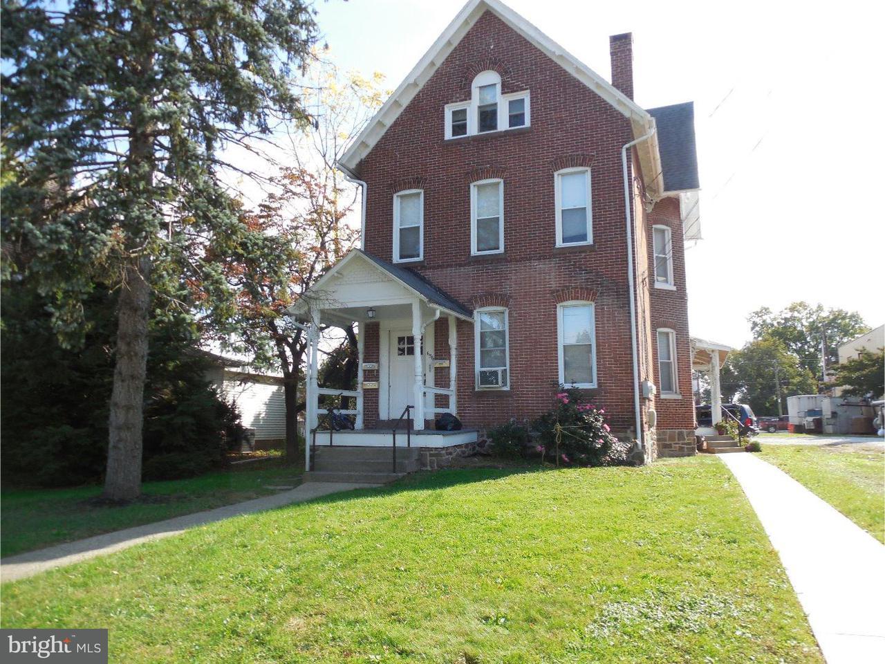 Triplex for Rent at 656 MAIN Street Royersford, Pennsylvania 19468 United States