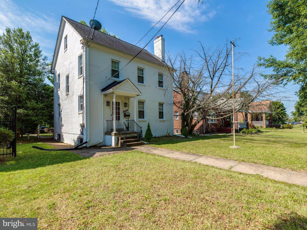 Single Family Home for Sale at 3035 ALABAMA AVE SE 3035 ALABAMA AVE SE Washington, District Of Columbia 20020 United States