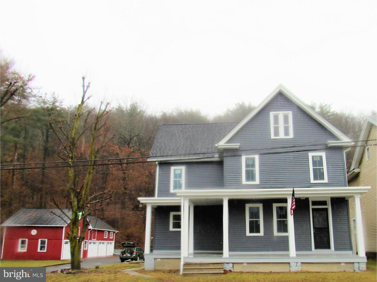 Single Family Home for Sale at 807 LIZARD CREEK Road Andreas, Pennsylvania 18211 United States