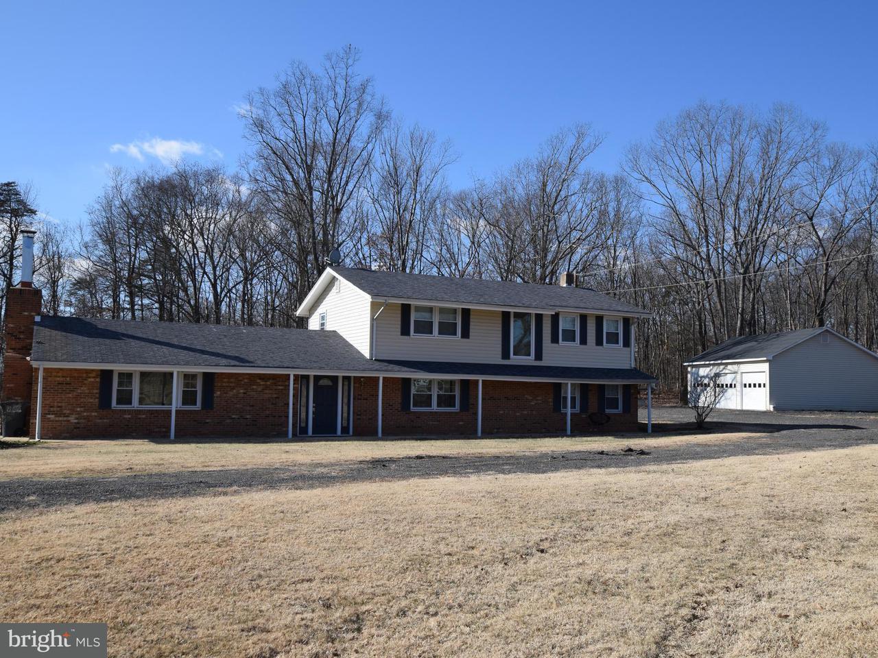 Частный односемейный дом для того Продажа на 5008 Sudley Road 5008 Sudley Road Catharpin, Виргиния 20143 Соединенные Штаты