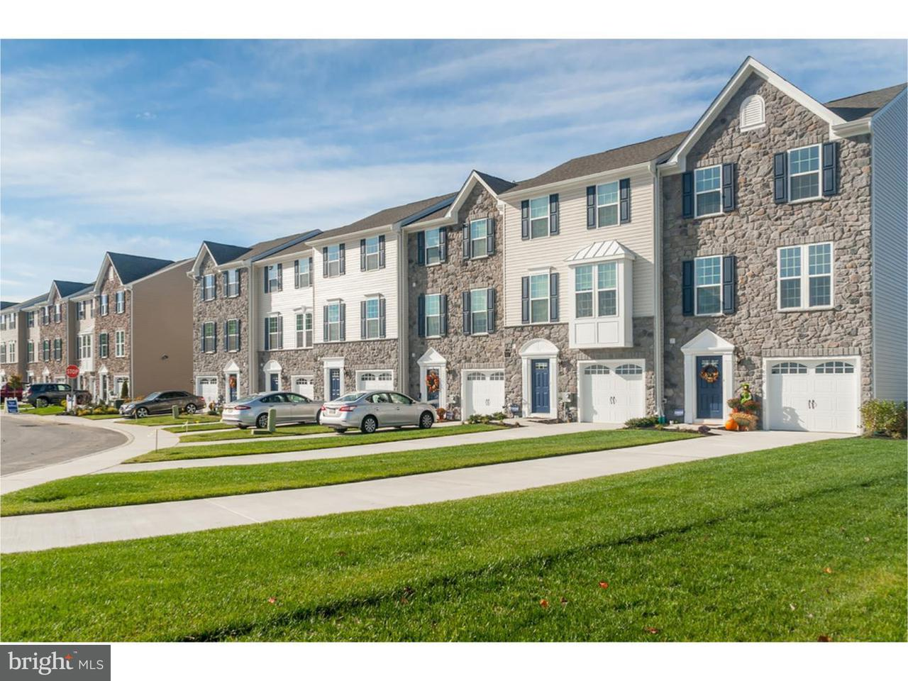 Townhouse for Sale at 101 BENFORD Road Beverly, New Jersey 08010 United States