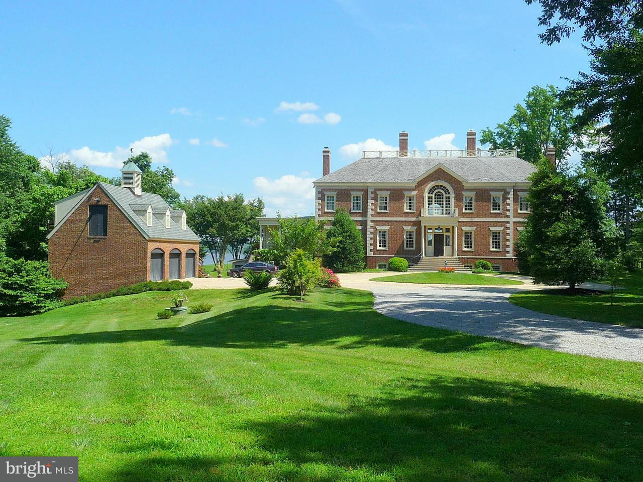Частный односемейный дом для того Продажа на 11521 POTOMAC Road 11521 POTOMAC Road Lorton, Виргиния 22079 Соединенные Штаты