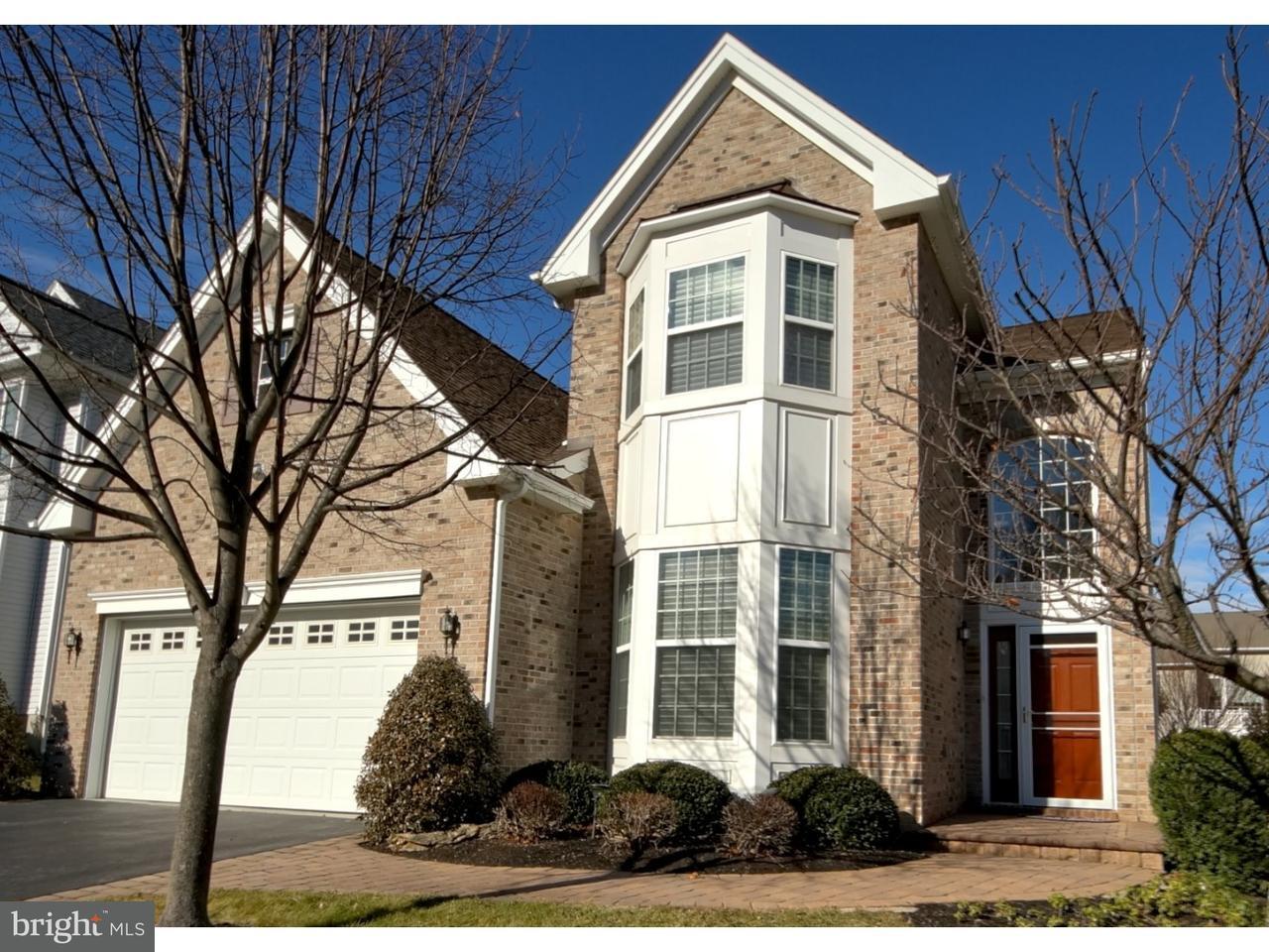 独户住宅 为 销售 在 37 EDGEMERE Drive 肯德尔帕克, 新泽西州 08824 美国在/周边: South Brunswick Township