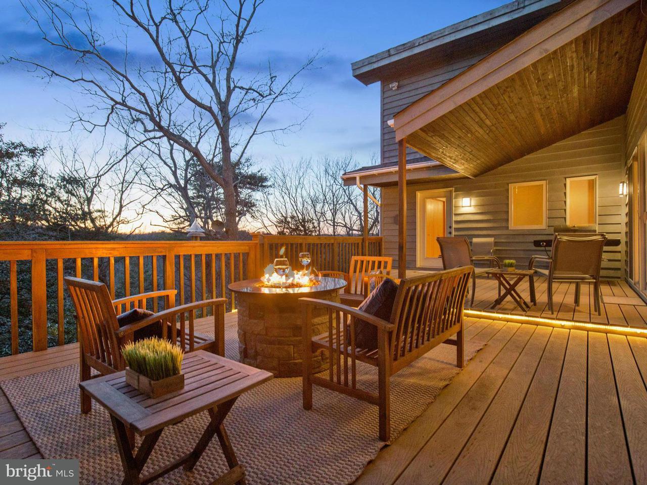 独户住宅 为 销售 在 2390 PARK CHESAPEAKE Drive 2390 PARK CHESAPEAKE Drive Lusby, 马里兰州 20657 美国