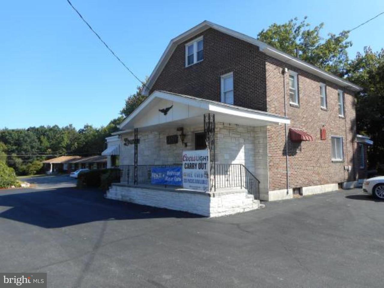 Частный односемейный дом для того Продажа на 982 CENTER Street Sheppton, Пенсильвания 18248 Соединенные Штаты