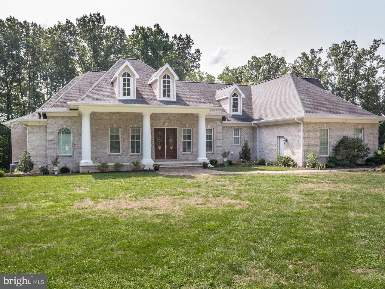 獨棟家庭住宅 為 出售 在 7005 PALE MORNING Court 7005 PALE MORNING Court Hughesville, 馬里蘭州 20637 美國