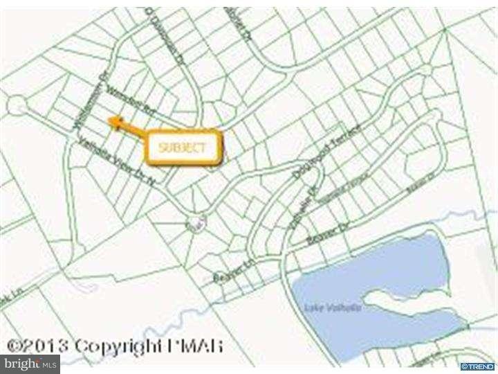 Частный односемейный дом для того Аренда на 403 WILLIAMSON Drive East Stroudsburg, Пенсильвания 18301 Соединенные Штаты
