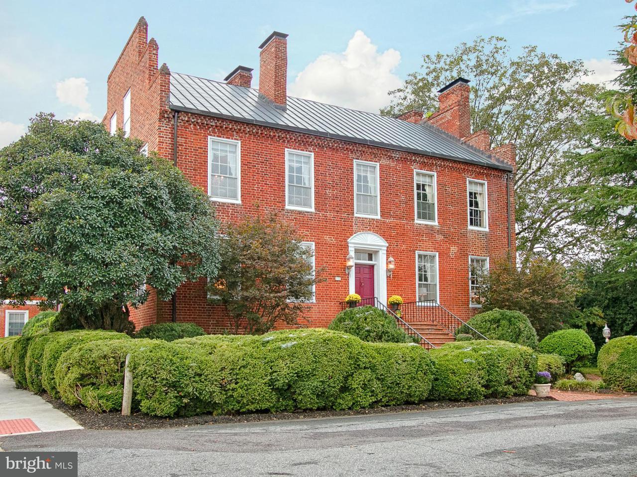 独户住宅 为 销售 在 1 COURT SQ 1 COURT SQ 麦迪逊, 弗吉尼亚州 22727 美国