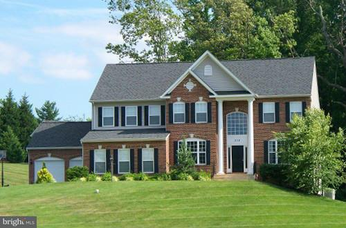 Casa Unifamiliar por un Venta en 7343 WILD GINGER Court 7343 WILD GINGER Court Hughesville, Maryland 20637 Estados Unidos