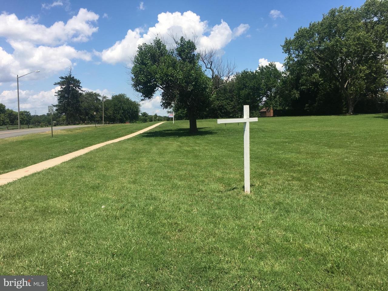 Additional photo for property listing at 920 VINE Street 920 VINE Street Herndon, 버지니아 20170 미국