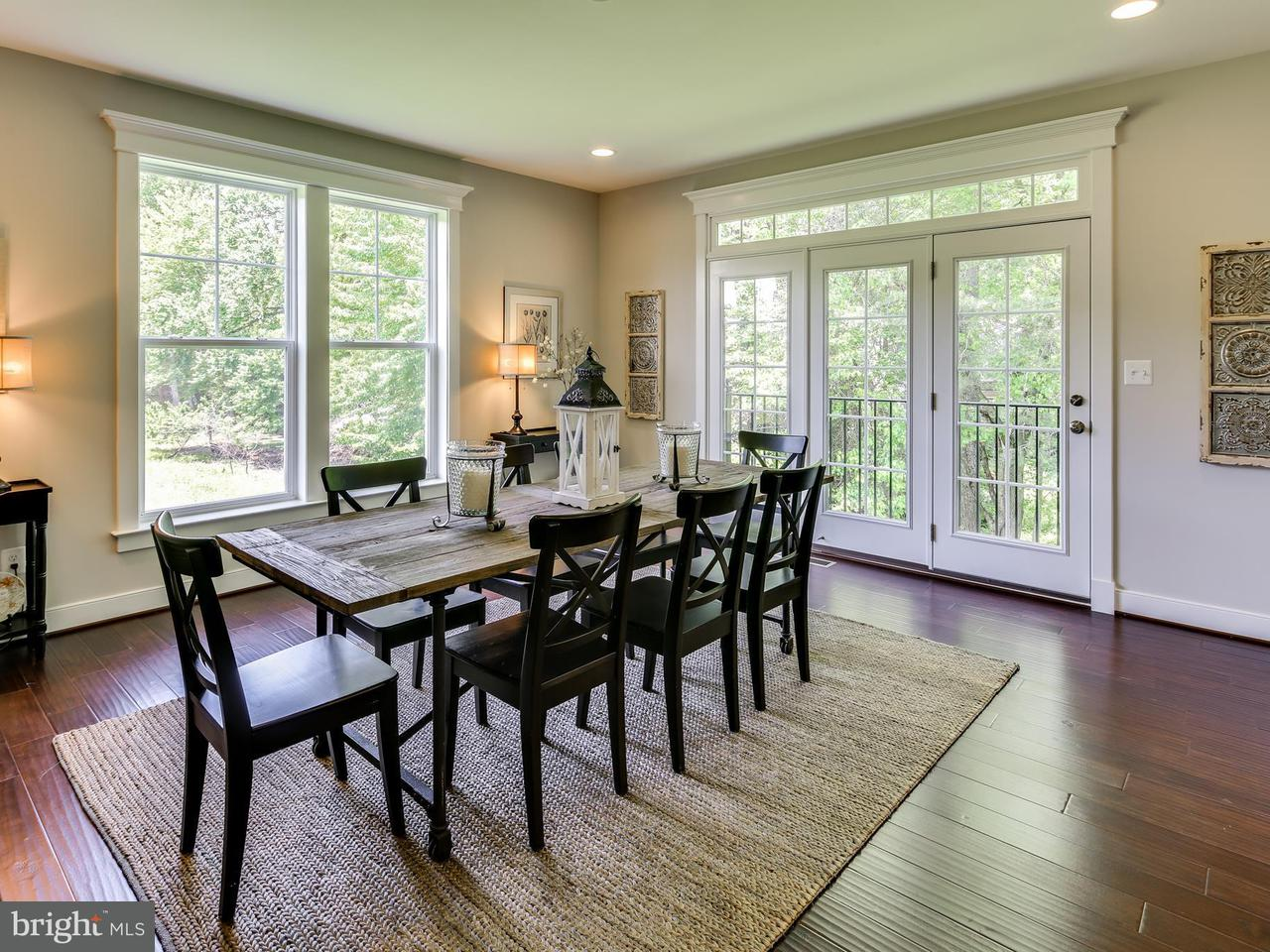 Additional photo for property listing at 1119 WOODCLIFF Drive 1119 WOODCLIFF Drive Fairfax, Virginia 22038 United States