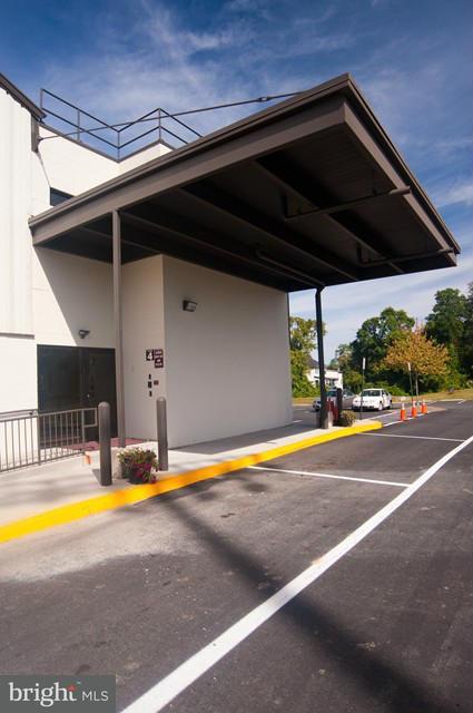 Additional photo for property listing at 1545 DRANESVILLE Road 1545 DRANESVILLE Road Herndon, Virginia 20170 Estados Unidos