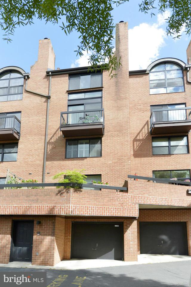 Additional photo for property listing at 1674 OAK ST NW #15 1674 OAK ST NW #15 Washington, Distrito De Columbia 20010 Estados Unidos