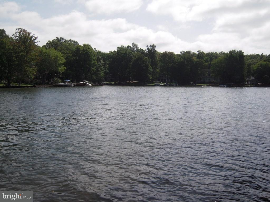 Einfamilienhaus für Verkauf beim 118 MADISON Circle 118 MADISON Circle Locust Grove, Virginia 22508 Vereinigte Staaten