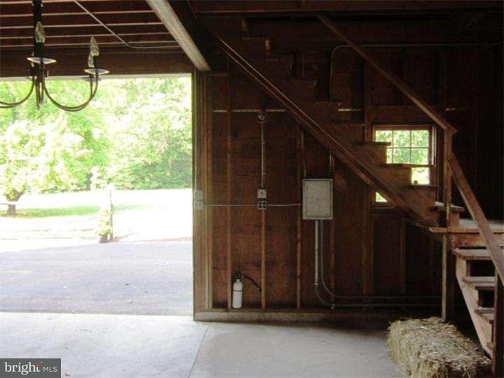Additional photo for property listing at 322 E MAPLE Avenue  Moorestown, Нью-Джерси 08057 Соединенные Штаты