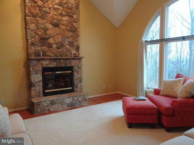 Additional photo for property listing at 345 Lindman Drive 345 Lindman Drive Chambersburg, Pennsylvanie 17202 États-Unis
