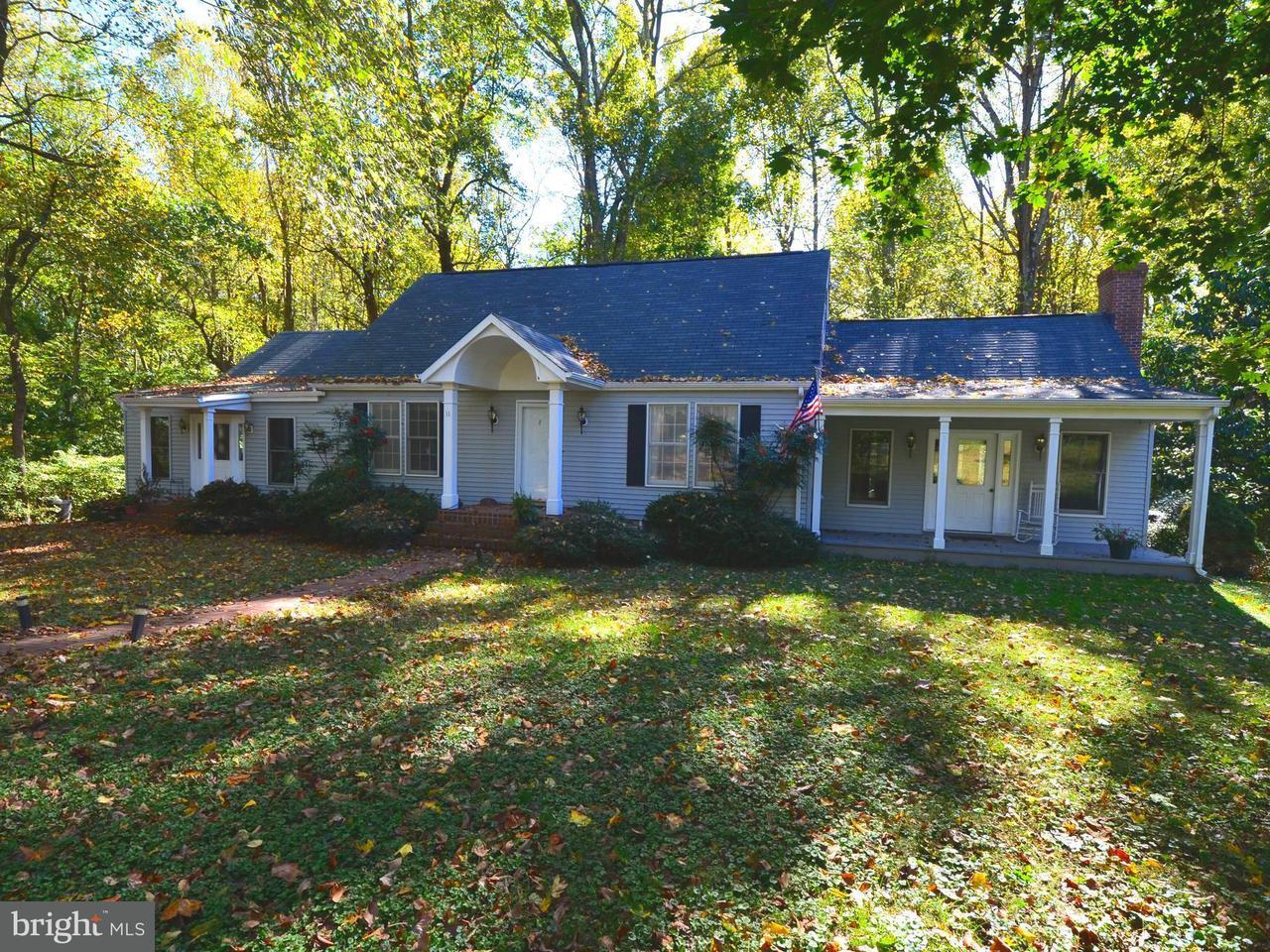 Casa Unifamiliar por un Venta en 11 TRACYS Lane 11 TRACYS Lane Tracys Landing, Maryland 20779 Estados Unidos