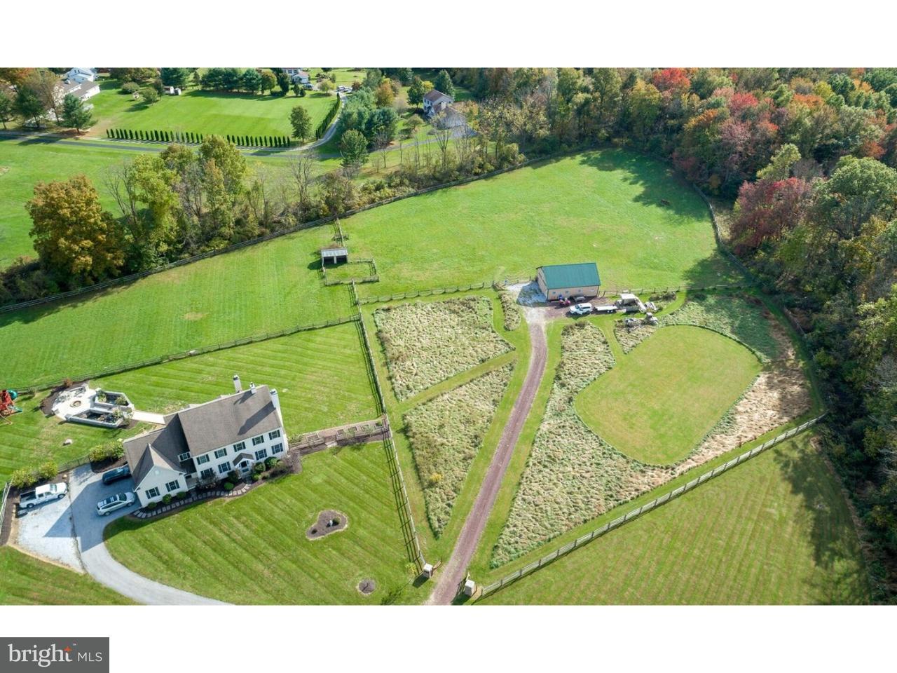 Частный односемейный дом для того Продажа на 16 EDGEMOOR Lane Honey Brook, Пенсильвания 19344 Соединенные Штаты