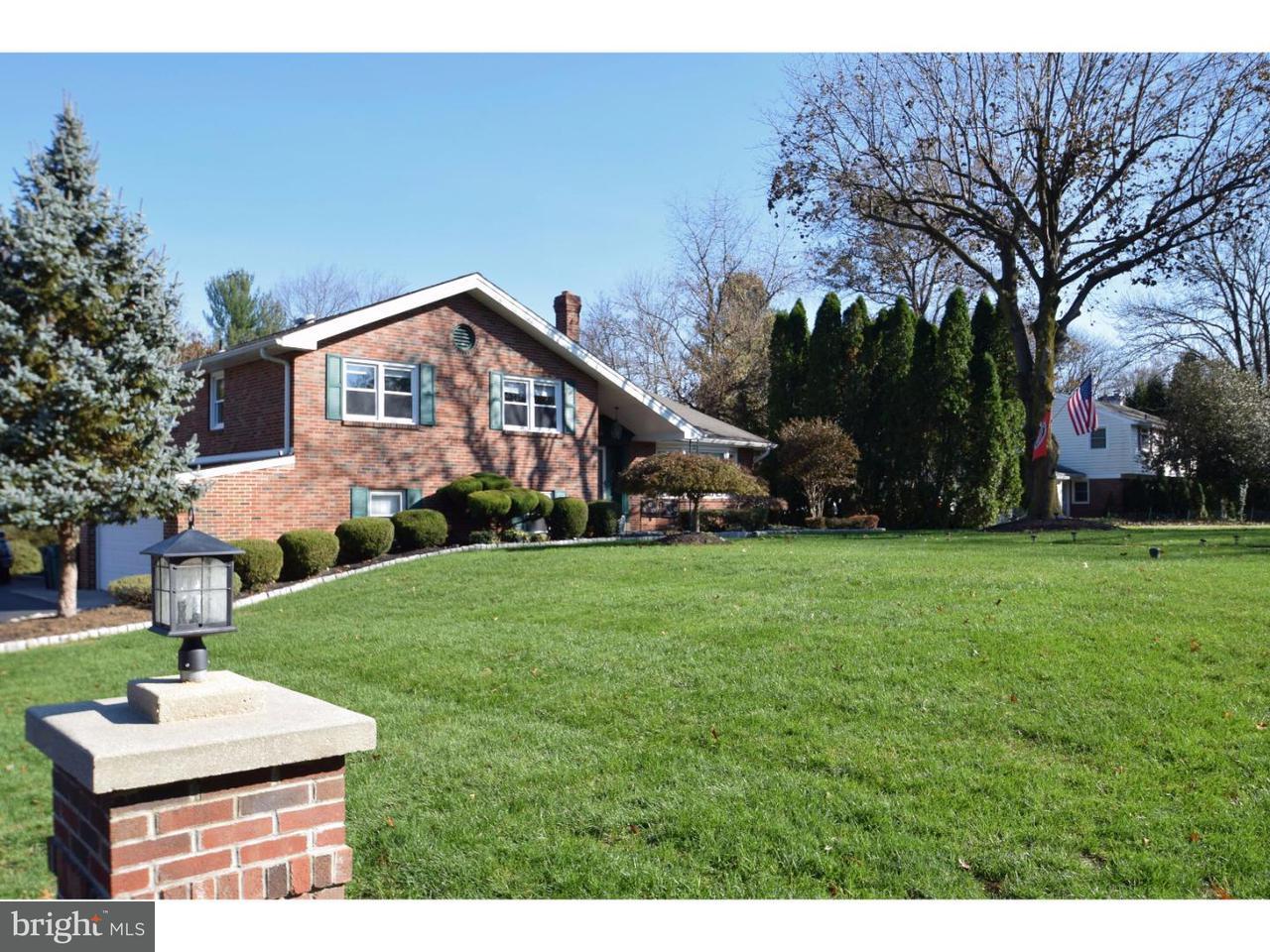 Casa Unifamiliar por un Venta en 4028 HAIN Drive Lafayette Hill, Pennsylvania 19444 Estados Unidos