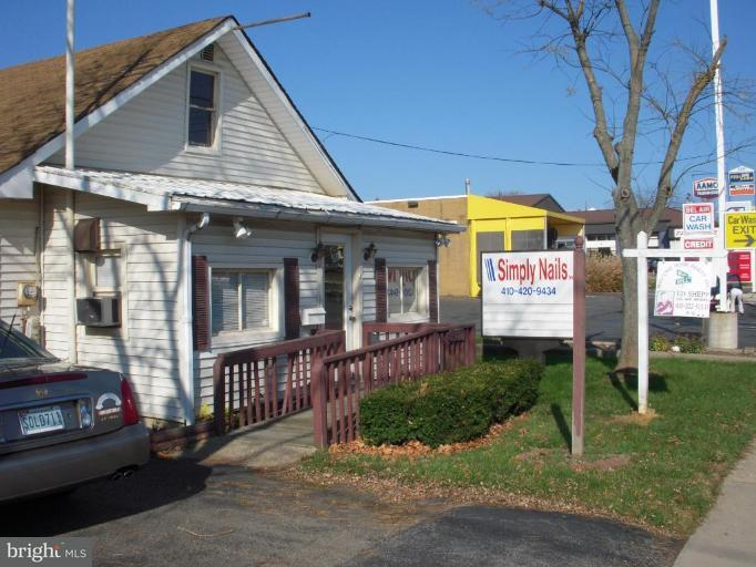Additional photo for property listing at 332 Baltimore Pike 332 Baltimore Pike Bel Air, メリーランド 21014 アメリカ合衆国