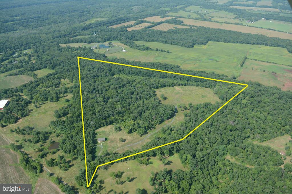 Land for Sale at 14400 SUGARLAND Lane 14400 SUGARLAND Lane Poolesville, Maryland 20837 United States