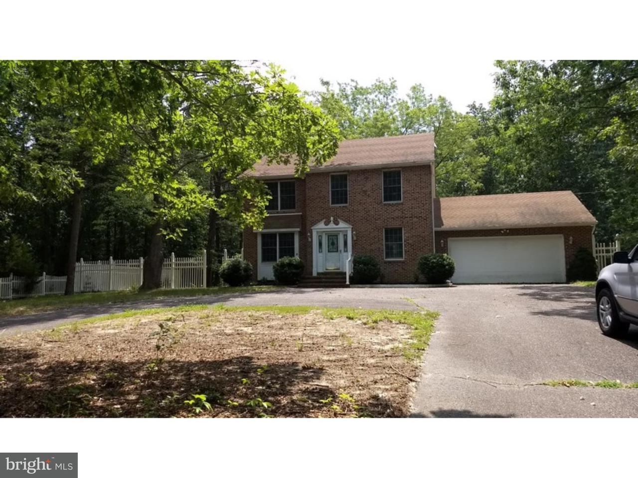 Maison unifamiliale pour l Vente à 3313 S PINEWOOD Drive Lacey Township, New Jersey 08037 États-Unis