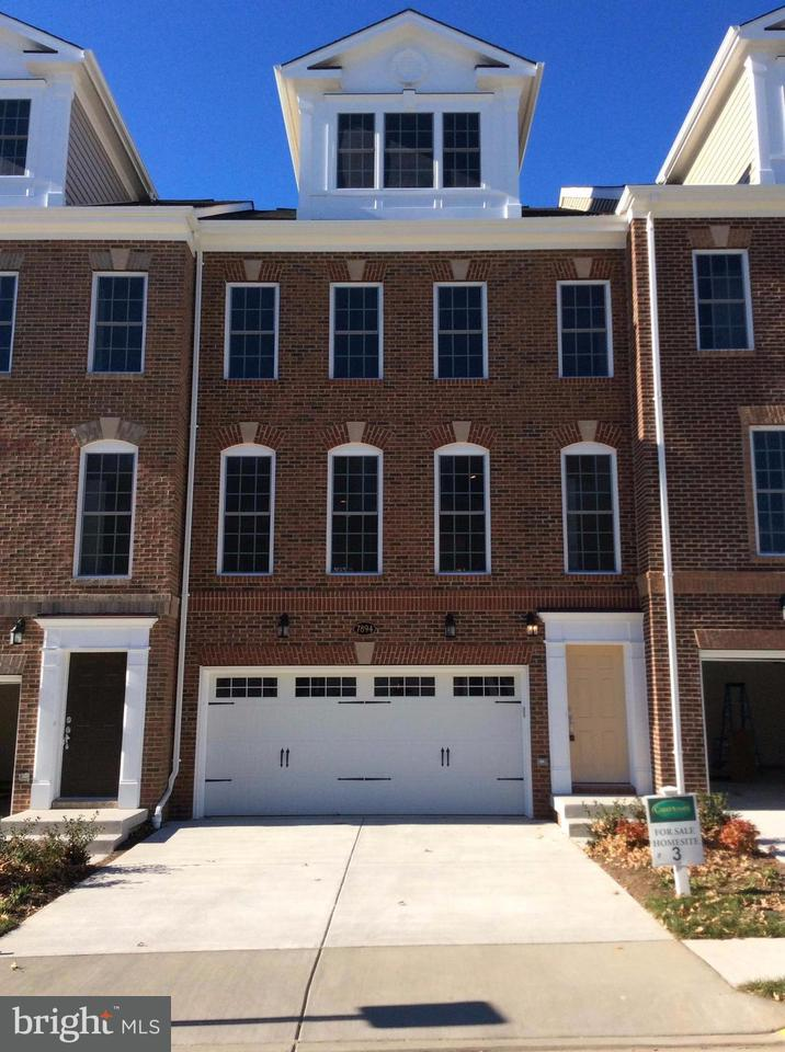 Townhouse for Sale at 7894 CARBONDALE WAY 7894 CARBONDALE WAY Springfield, Virginia 22153 United States