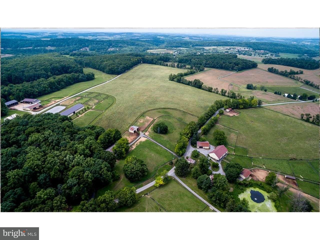 土地 为 销售 在 14781 BOYER Road Glen Rock, 宾夕法尼亚州 17327 美国