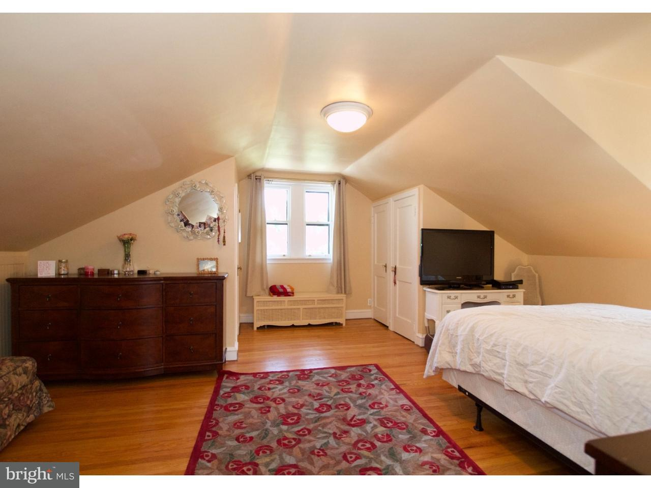 Additional photo for property listing at 422 S WOODBINE Avenue  Narberth, Pennsylvania 19072 Estados Unidos