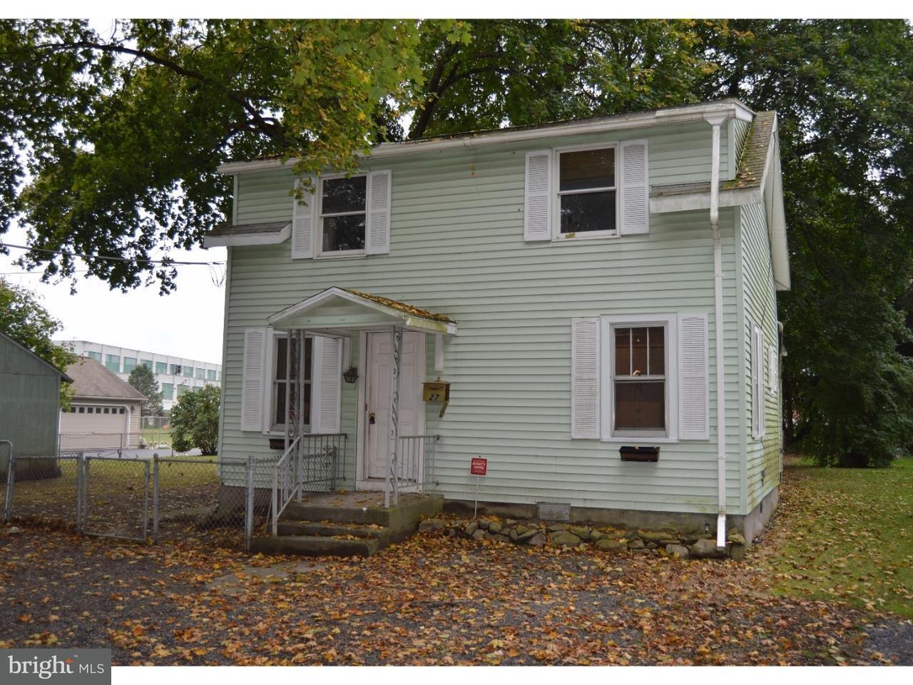 Частный односемейный дом для того Продажа на 27 COLUMBIA Avenue Cressona, Пенсильвания 17929 Соединенные Штаты
