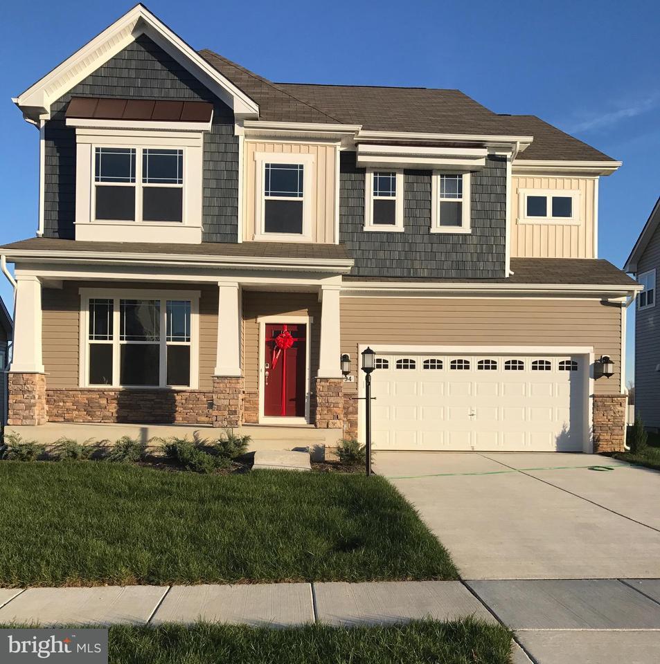 Casa Unifamiliar por un Venta en 5494 FRIARS Lane 5494 FRIARS Lane White Plains, Maryland 20695 Estados Unidos